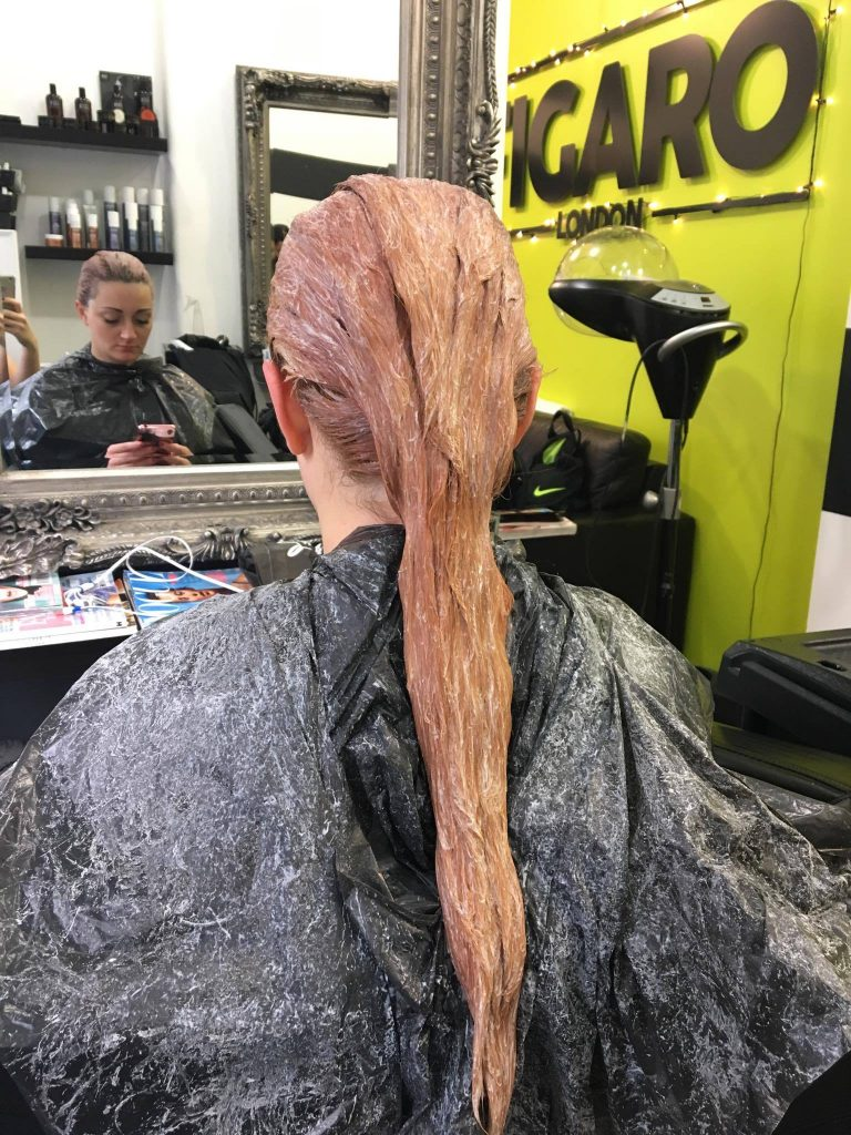 Second bleaching, the formula is as gentle as possible