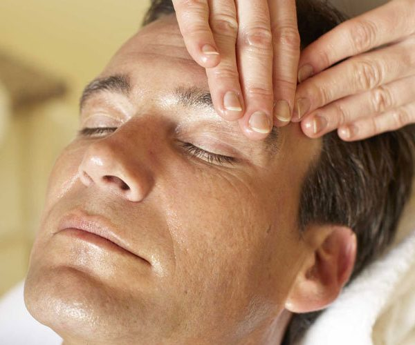 massage-men-cosmetic