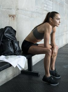 How to look flawless in the gym – wearing minimal make-up