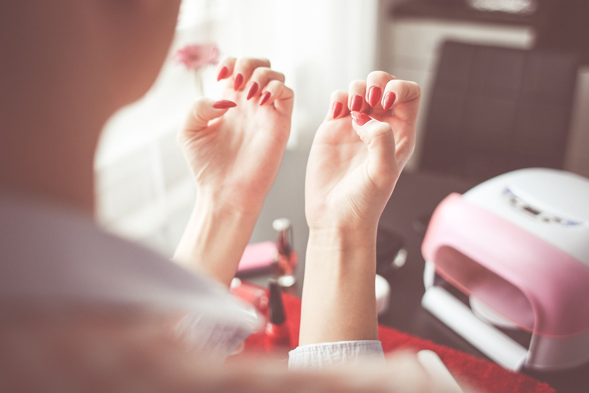 3 instant tips for long-lasting, beautiful manicure