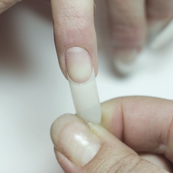 Sizing of nail tips
