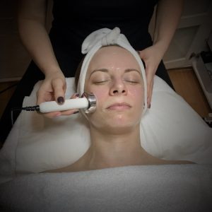 Ultrasound Facial Therapy: What it is and all its benefits