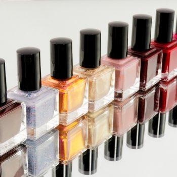 Manicure polishes