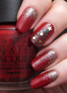 Christmas nails - a touch of sparkle