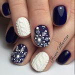 Christmas nails - Festive sophistication