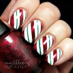 Christmas nails - Must-have colours