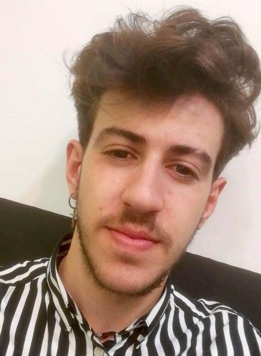 Alvaro Professional Barber