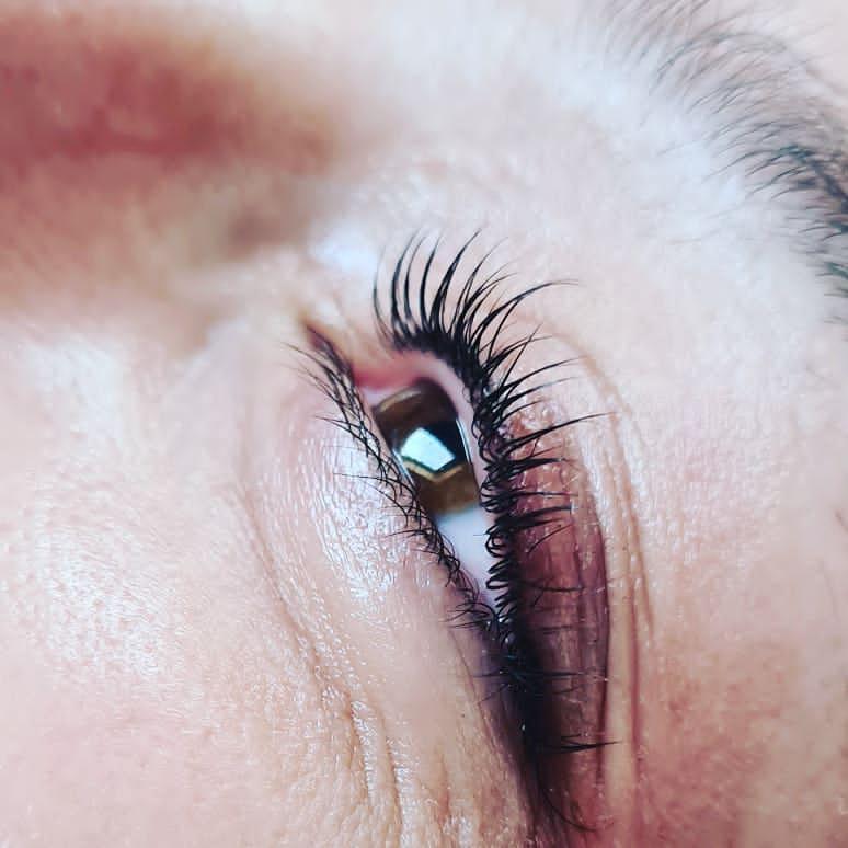 eyelash tint