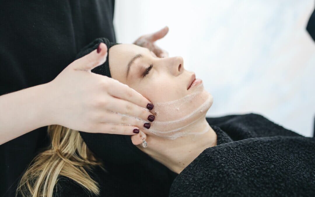 Facial treatments and aftercare